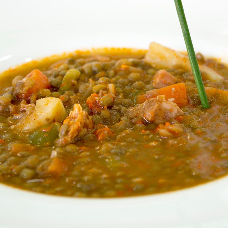 Lentejas con verduras y chorizo